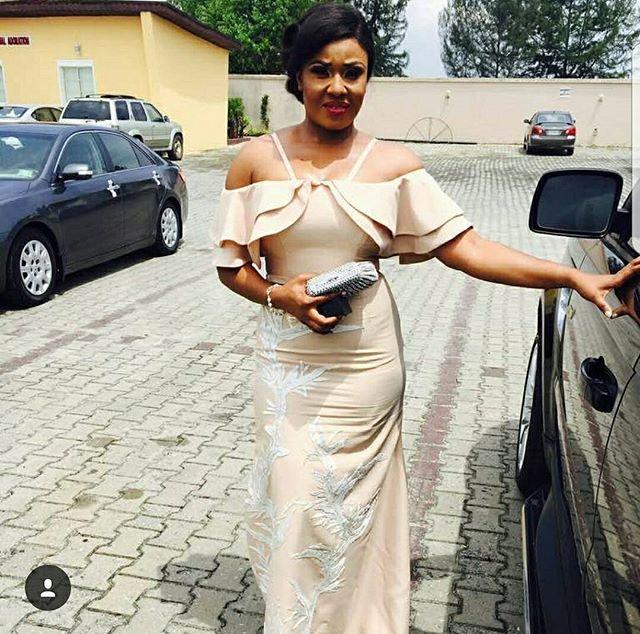 @prettygirlbymode9ine  #buynigerian #african #africanfashiontrends #africanfashionbloggers #africanstyles #mode9ine #prettygirl #iampretty #prettygirlbymode9ine #handmade #womenclothing #womestyle