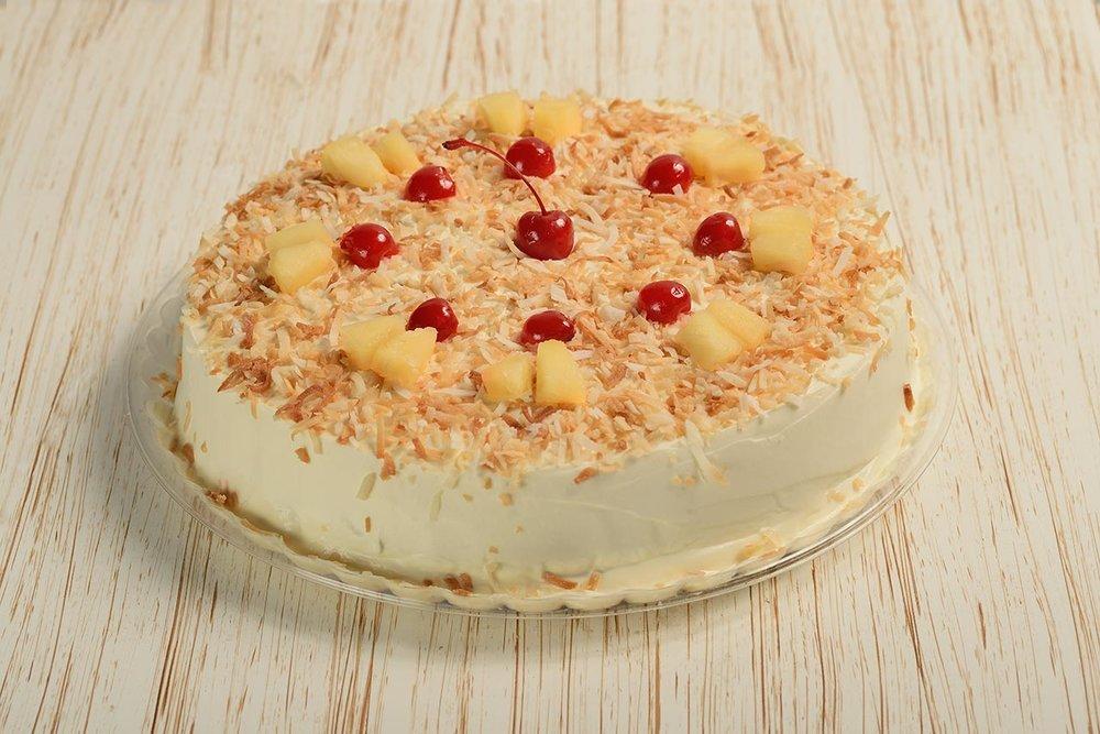 tortas-las-sevillanas-pastel-pina-coco-cereza.jpg