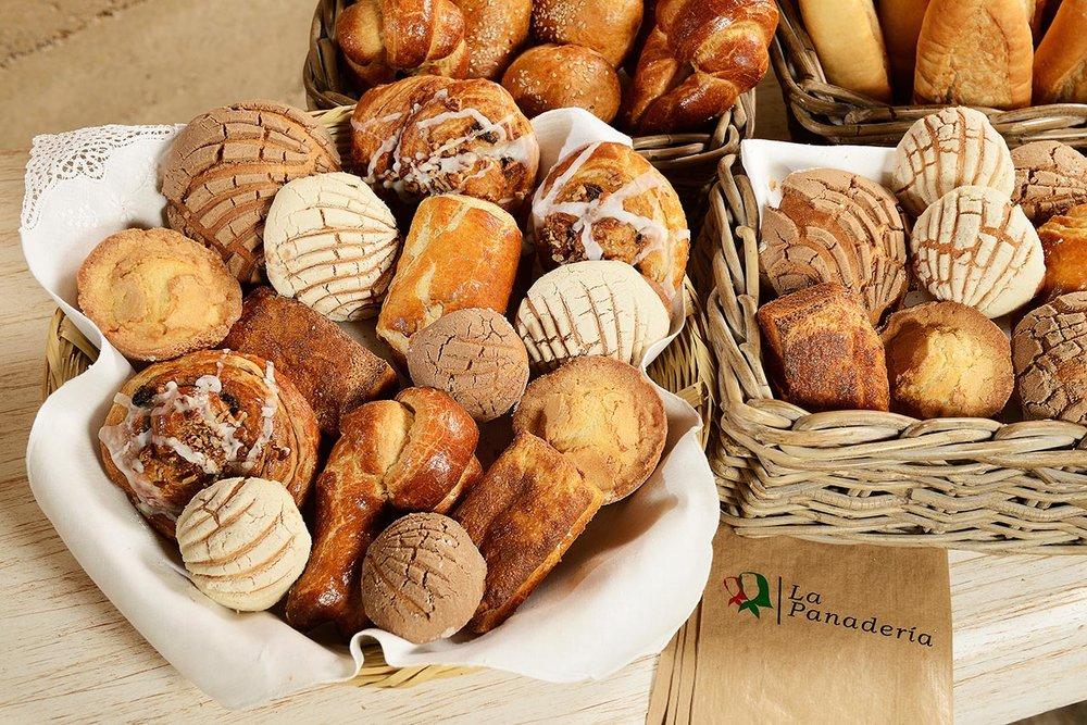 tortas-las-sevillanas-panaderia-6.jpg