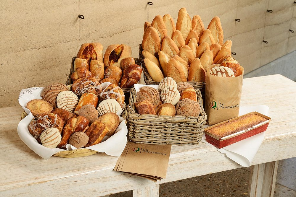 tortas-las-sevillanas-panaderia-5.jpg