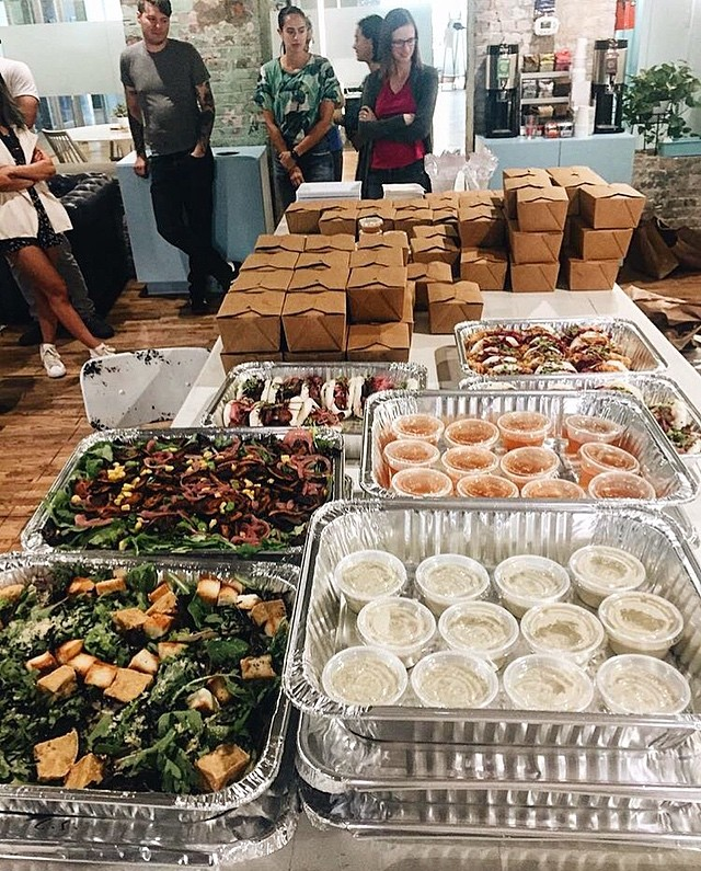 A lunch we catered for @coworkrs in #Gowanus this week 👌 We cater for all types of occasions and are able to host events at our restaurant too 🍾 Contact us at info@heyheycanteen.com if you're interested! #heyheycanteen #coworkrs #madeinbrooklyn #asianfood