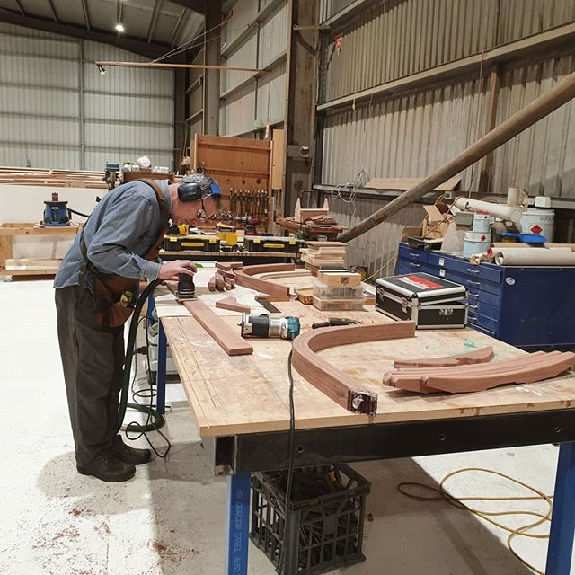 Night class is humming along very well! Kelvin is smashing through his build. Planking time next week.  #nightclass #docklands #woodenboat #woodenboatbuilding #lapstrake #moyne10 #woodenboatcentre #northwharf #collinswharf #melbournecraft #melbourne #boatbuilding #woodwork #timber #victoriaharbour #boatclass #diy #learnnewthings #kelvinhastheskillz