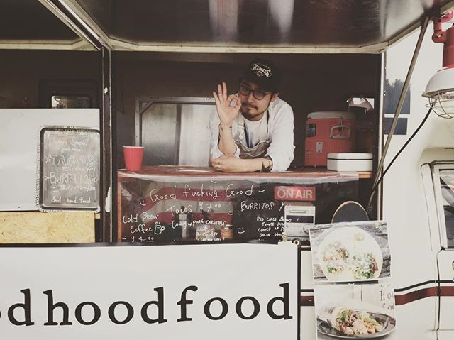 Pretty perfect 👌🏿👌🏿👌🏿 . . . . #goodhoodfood #goodhood #goodfood #foodtruck #tacotruck #tacos #burrito #tokyo #racehorse #タコス #ブリトー#フードトラック#東京競馬場 #第11レース #3連複狙い #馬