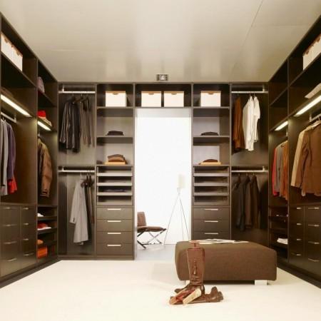 Elegant-Black-and-White-Color-Combinations-Walk-in-Closet-Wardrobe--450x450.jpg