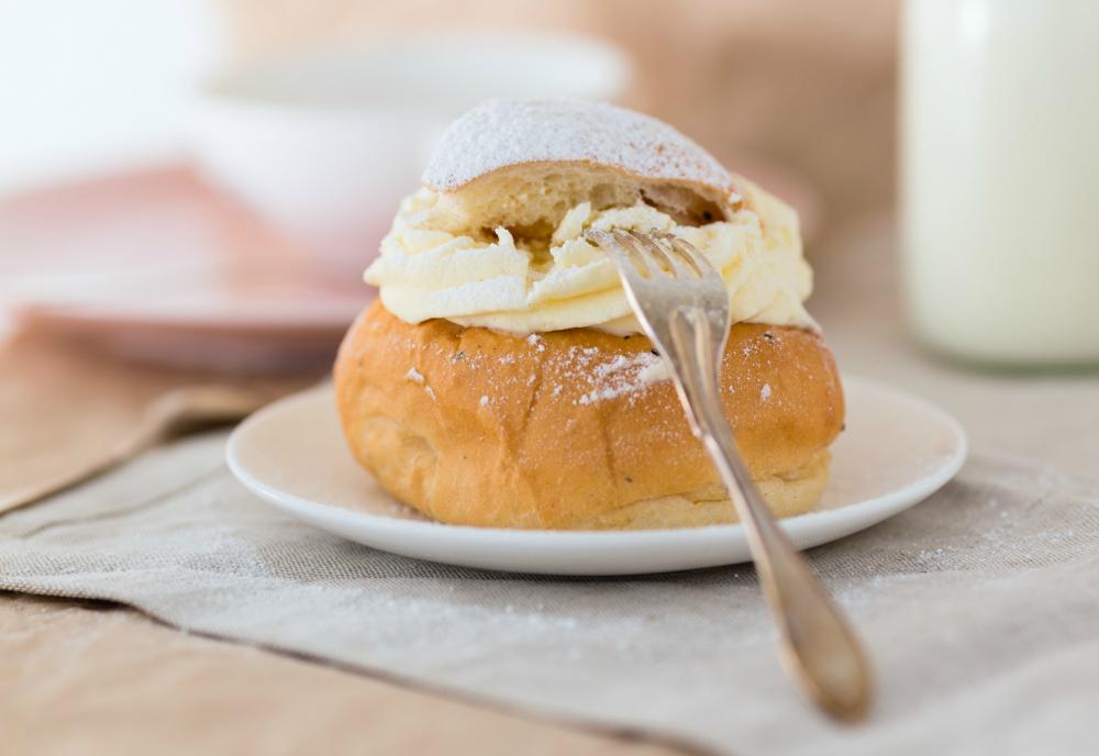Traditional Swedish Semla Buns Recipe