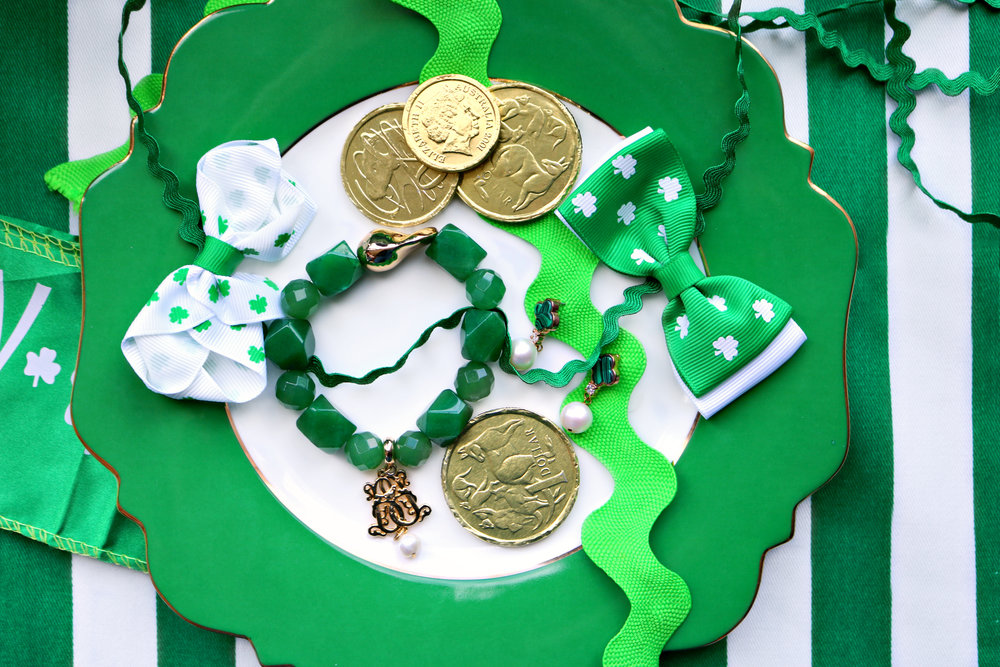Discover how to put together a classy St Patrick's Day Outfit with Nicole O'Neil's Favourite Saint Patrick's Day Style Picks. From beautiful gemstone bracelets to four leaf clover pearl earrings and beautiful emerald toned dresses, this post has lots of ideas and fashion inspiration.