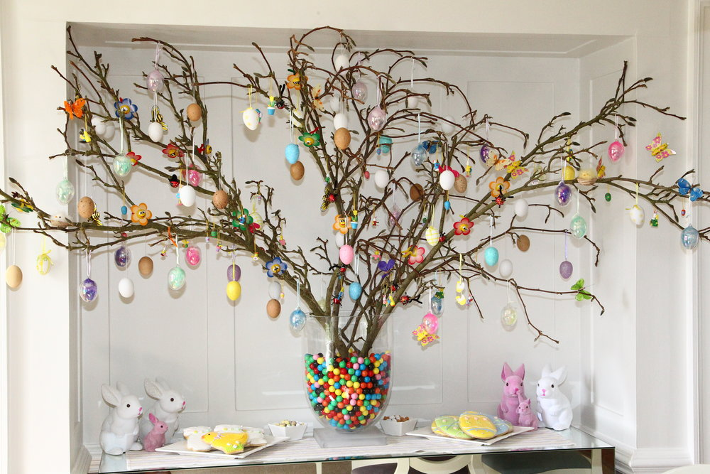Easter Party Decorations (3).JPG