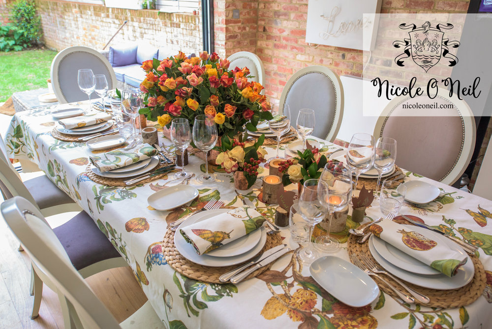 Simple Rustic Autumn Table Setting Ideas for Dinner Parties and Wedding Reception Inspiration & Be Inspired: An Autumn Inspired Table Setting u2014 Nicole Ou0027Neil - Real ...