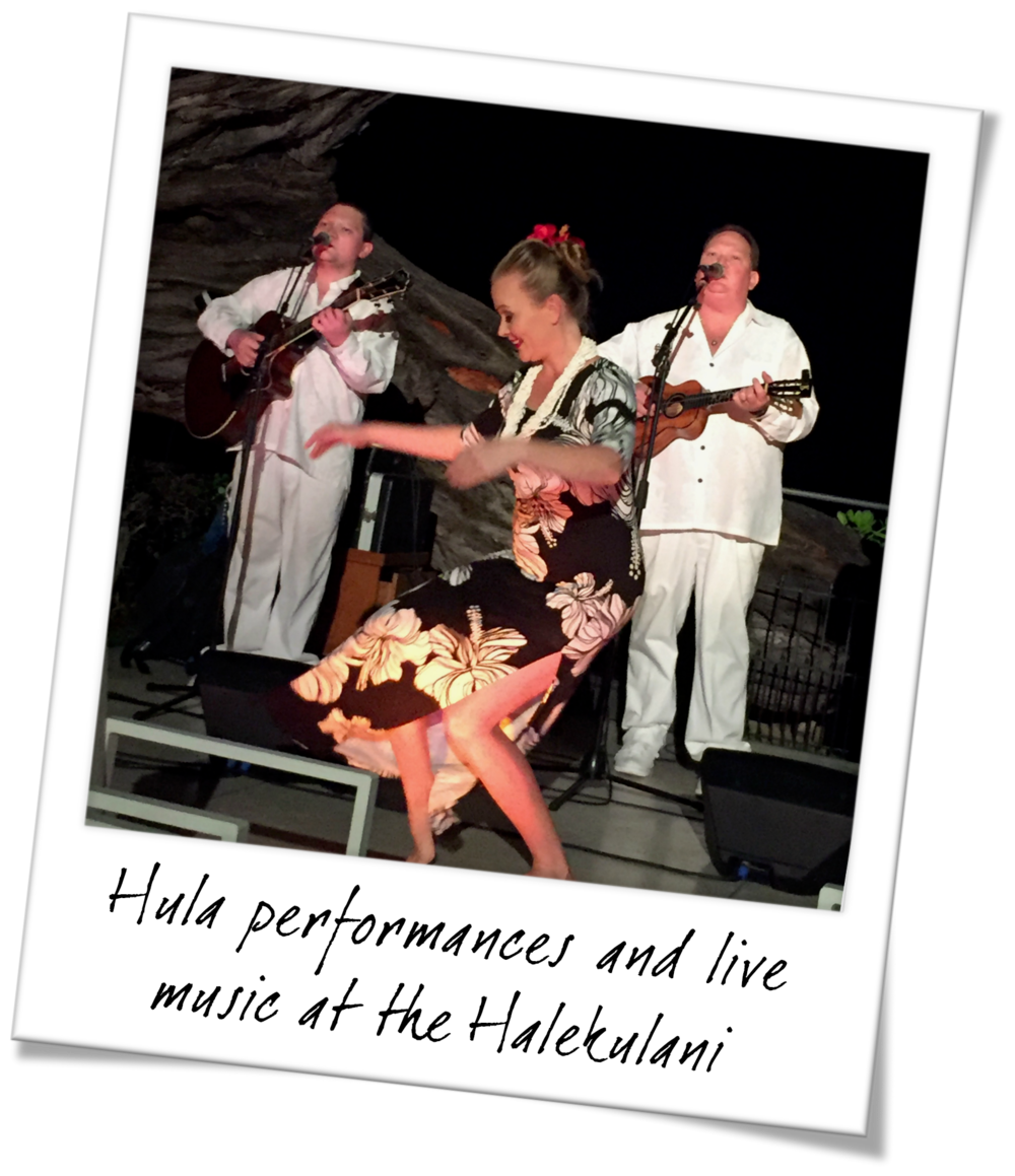 Hula Dancers and Live Music at The Halekulani  - Oahu Hawaii Travel Guide