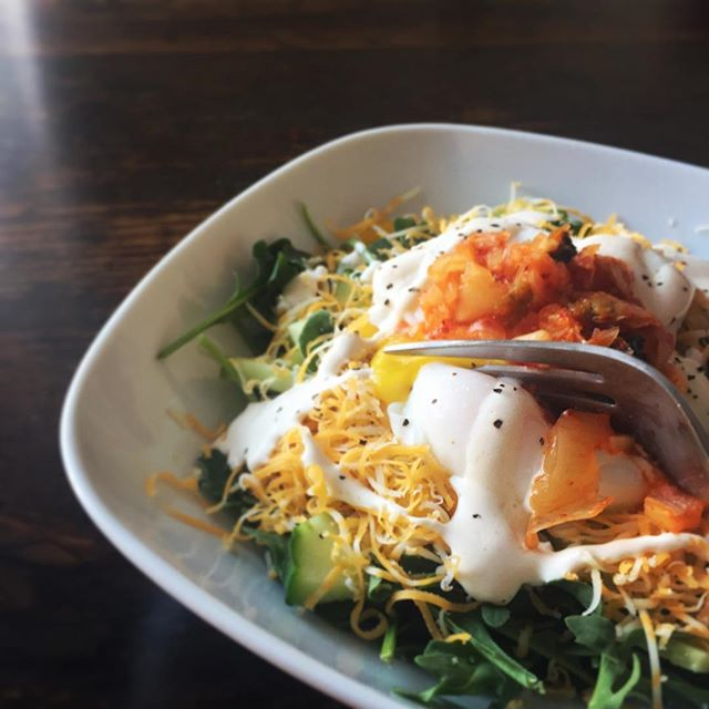 poached eggs topped with kimchi...🥗🥚 . . . #eatfatbeatfat #ketorecipes #keto #lchf #eatfat #ketofam #ketogenic #lowcarb #ketosis #ketodiet #healthyeating #healthy #lowcarbhighfat #weightloss #weightlossjourney #foodporn #food #ketodietrecipes #banting #ketogenicdiet #poachedeggs #kimchi #breakfast #sunday