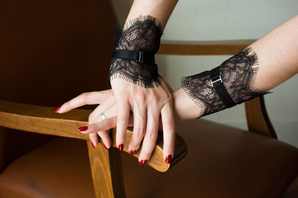 accessoires lingerie en dentelle made in france manchettes_DLZ7053.jpg