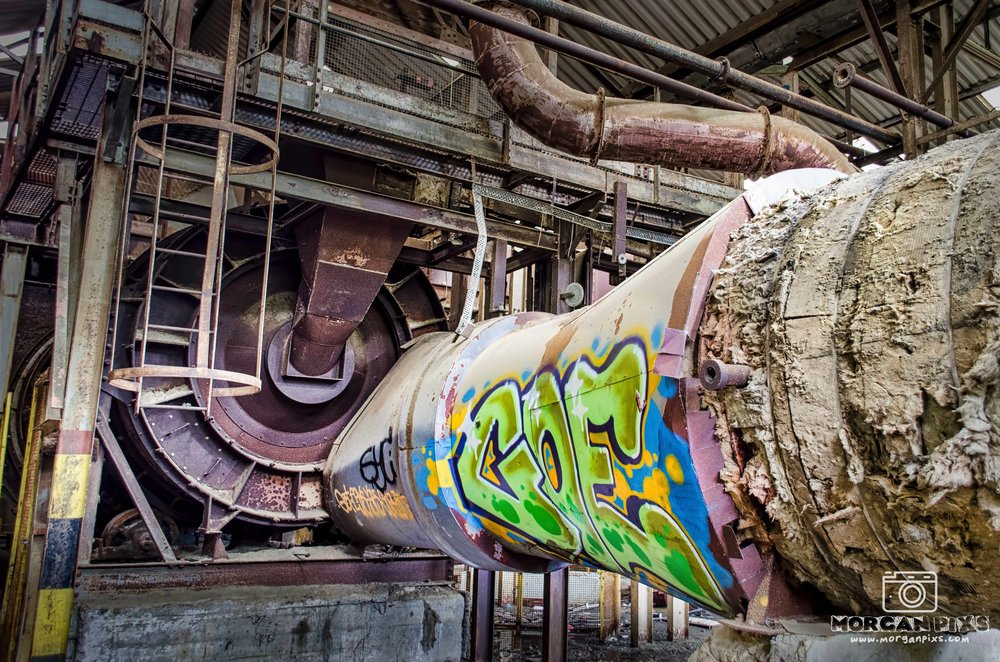 ONE OF THE MOST SUCCESSFUL QUARRY OPERATING AT THE TURN OF THE CENTURY EMPLOYED CLOSE TO 800 MEN WILL SOON BE DUE FOR DEMOLITION. WE TAKE A SNEAK BEHIND THE SCENES LOOK AT WHAT'S LEFT OF THIS FACTORY, PHOTOGRAPHING SOME OF THE BUILDINGS FANTASTIC UNIQUE FEATURES.