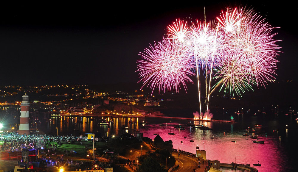 Plymouth-Fireworks.jpg