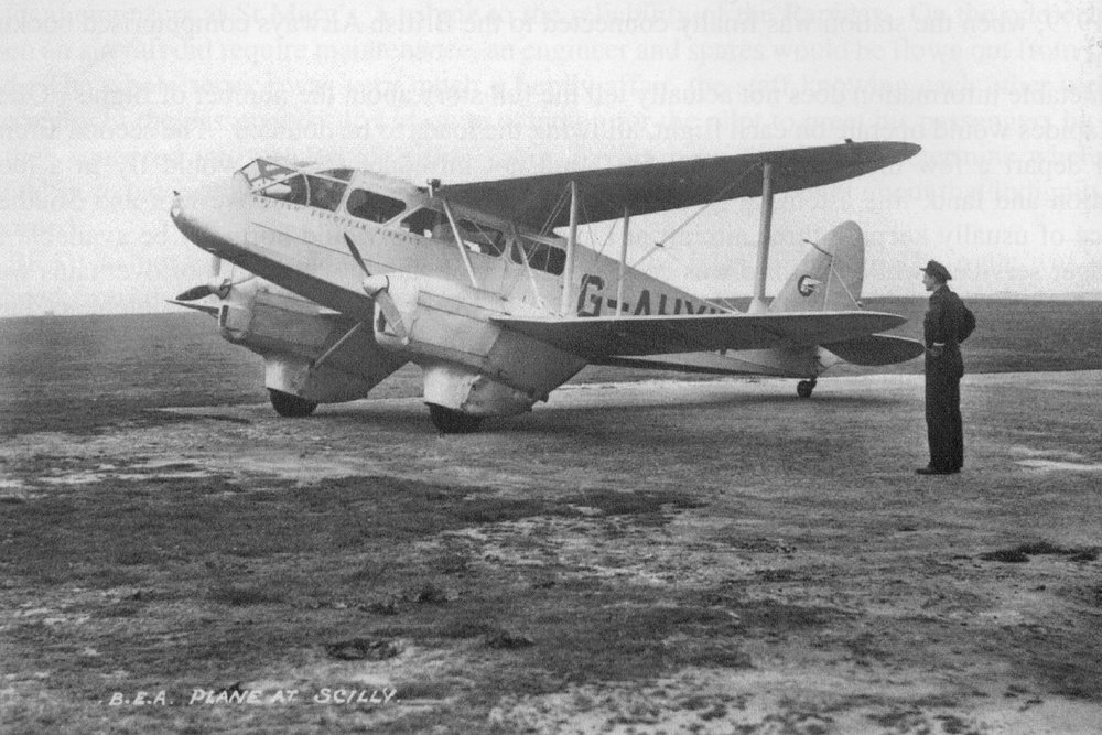 A DH89A Dragon Rapide, one of the planes previously used to service the route from Land's End to St Mary's.