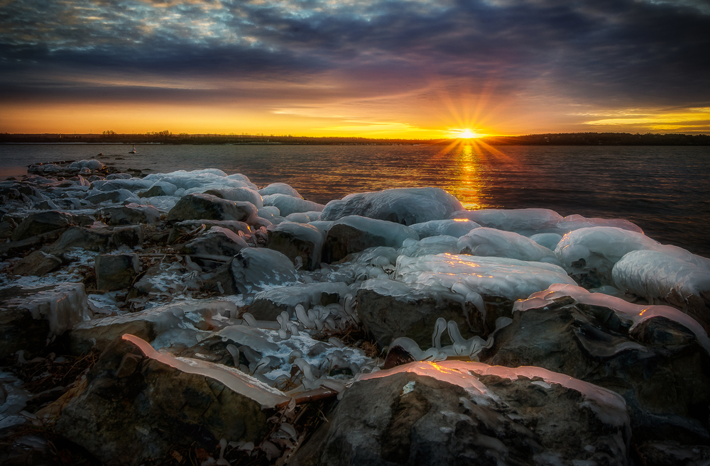 The first sunset of 2015 over the frozen landscape that is Onondaga Lake