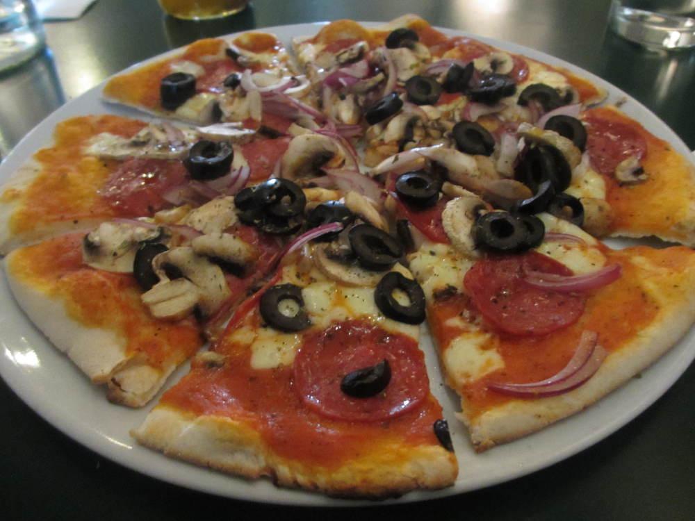La Pizzeria Italiana In Catford South London Club