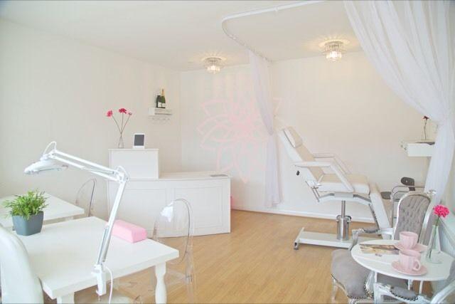 Dahlia Hair and Beauty Salon in Forest Hill South London Club Card.JPG
