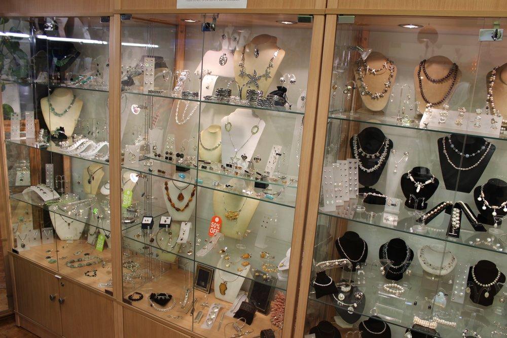 Vasconez Jewellery Shop in Beckenham South London Club Card 4.jpg