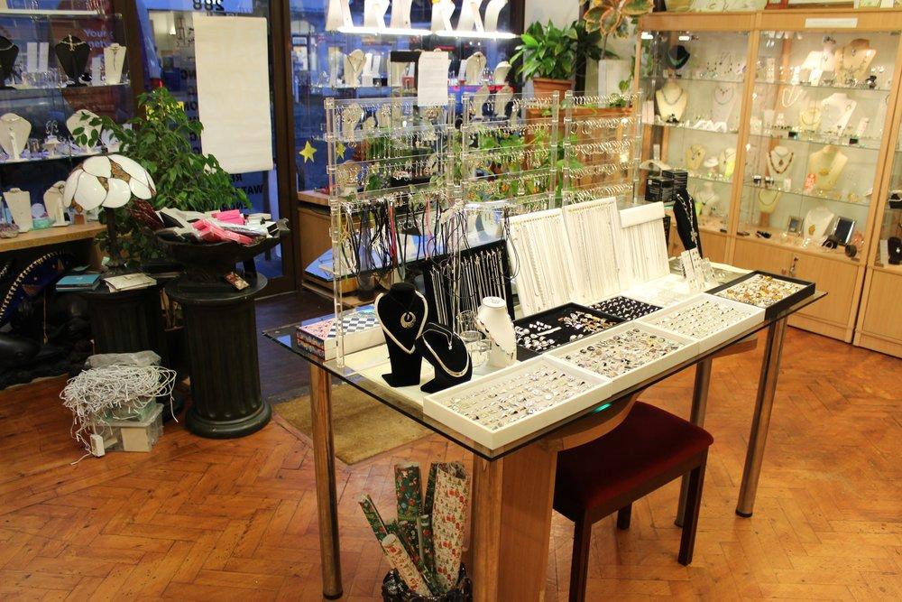 Vasconez Jewellery Shop in Beckenham South London Club Card 5.jpg