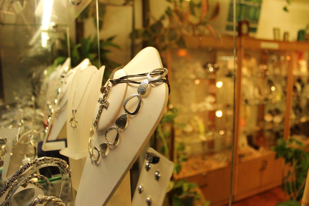 Vasconez Jewellery Shop in Beckenham South London Club Card 6.jpg