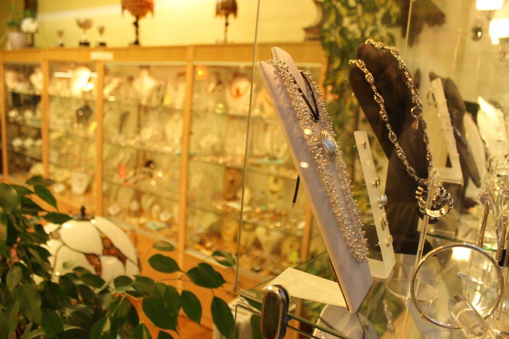 Vasconez Jewellery Shop in Beckenham South London Club Card 7.jpg