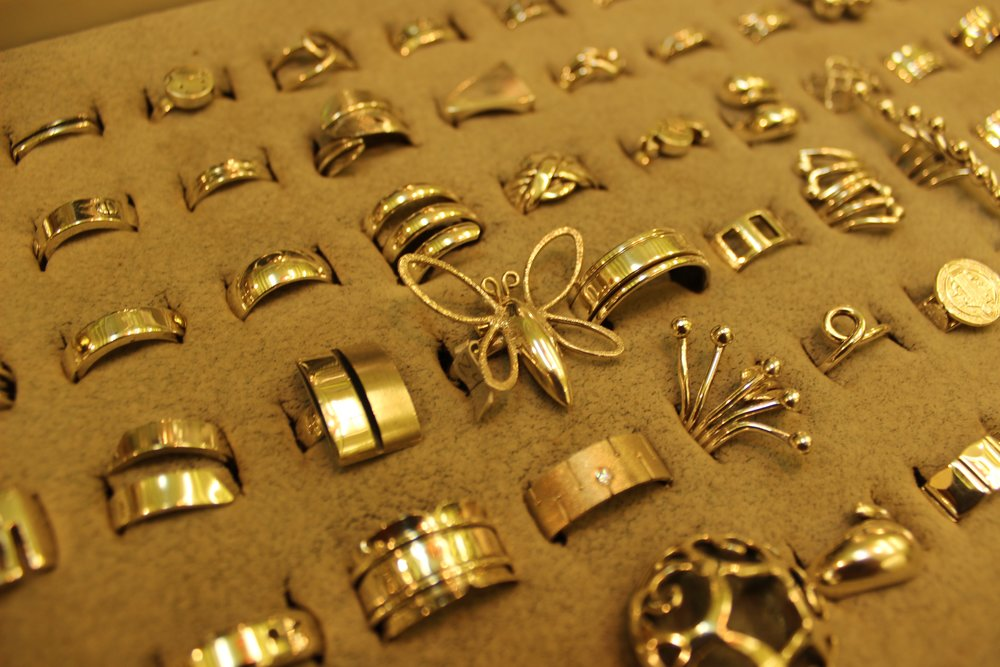 Vasconez Jewellery Shop in Beckenham South London Club Card 8.jpg