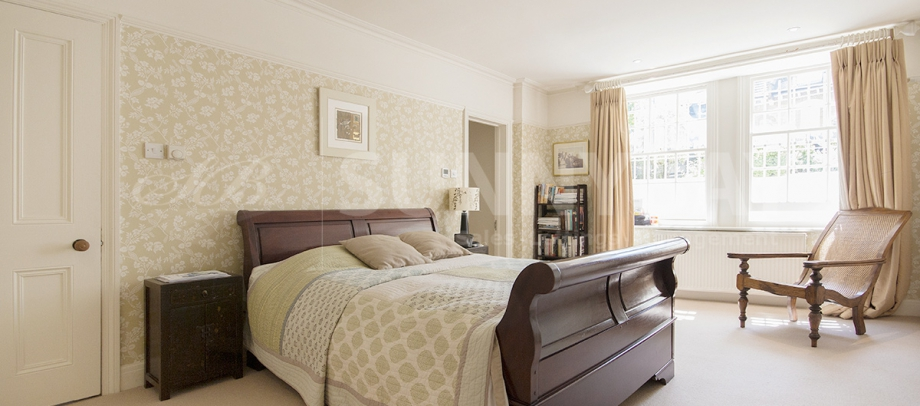 Sunny Bay Estate Agents in Wimbledon South London Club Card 4.jpg