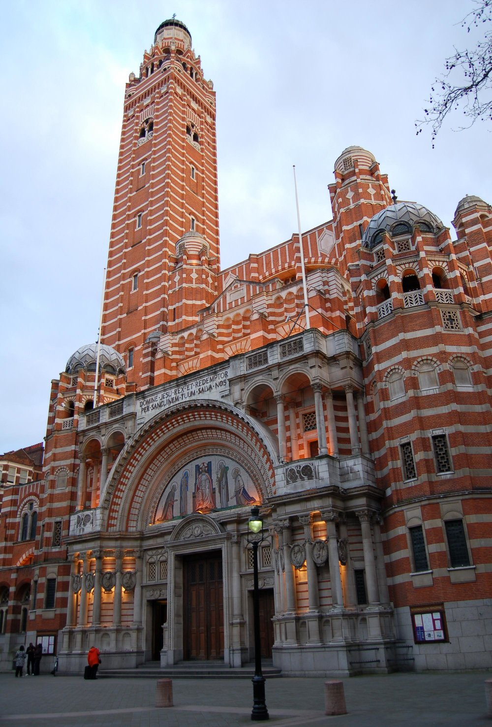 Westminster_Cathedral,_England.jpg