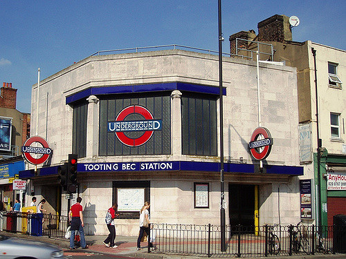 tooting bec station.jpg