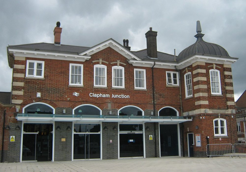 clapham junction entrance.jpg