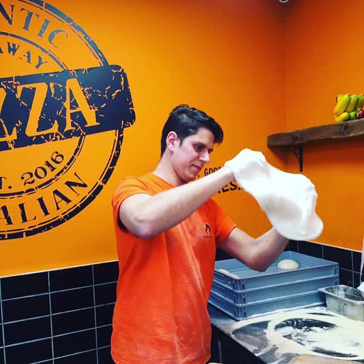 Fireaway Pizza Takeaway Restaurant in Mitcham 2.jpg