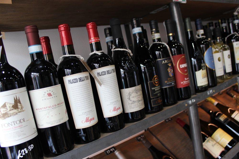 Glug Wine Bar and Shop in Putney South Lodnon Club Card 1.jpg