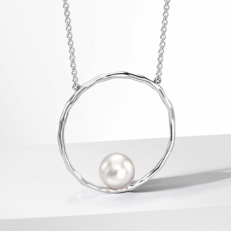 Luna Pearl B.jpg