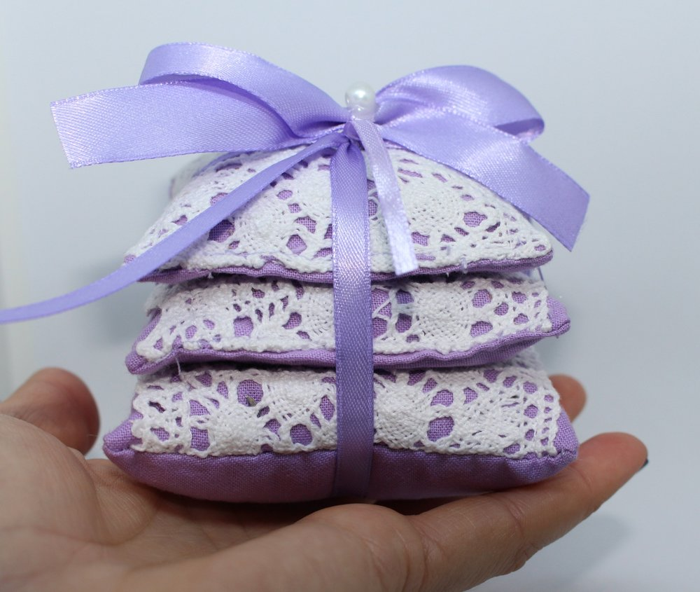 Lavender Shop Gifts, Ornaments and Artwork Based in Greenwich 4.JPG