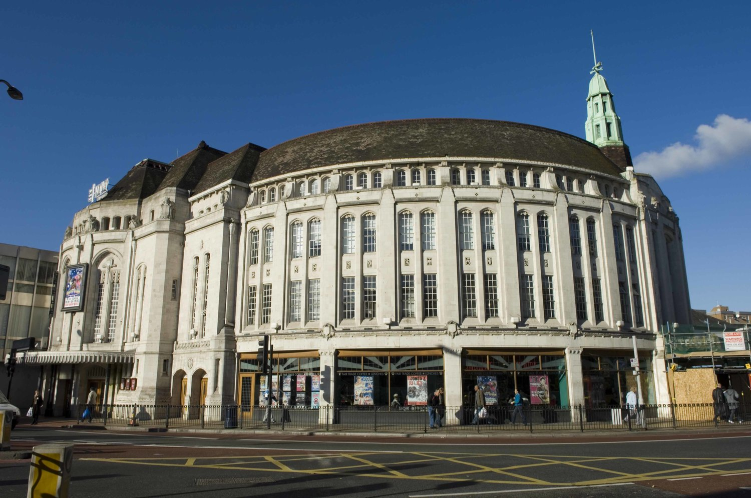 A Brief History of the Catford Broadway Theatre
