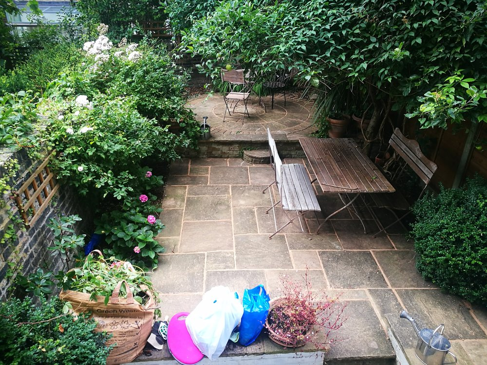 N E Gardencare Landscaping and Gardening in South East London Club Card 5.jpg