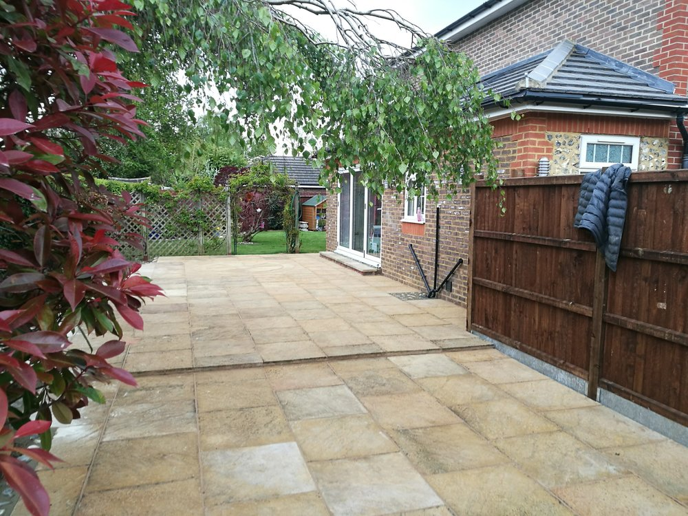 N E Gardencare Landscaping and Gardening in South East London Club Card 7.jpg