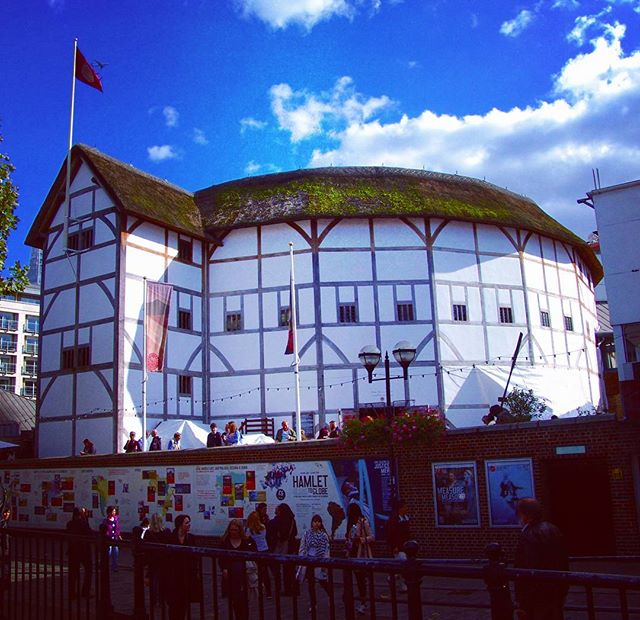 Shakespeare's Globe Theatre.jpg