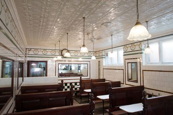 south-london-club-manze-interior.jpg