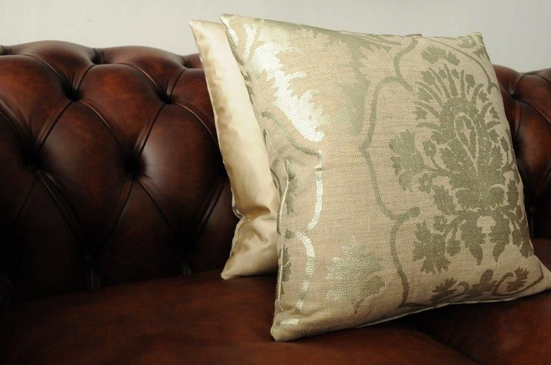 The London Cushion Company bespoke cushions in Battersea South West London Club Card 22.JPG