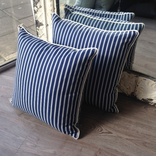 The London Cushion Company bespoke cushions in Battersea South West London Club Card 24.JPG