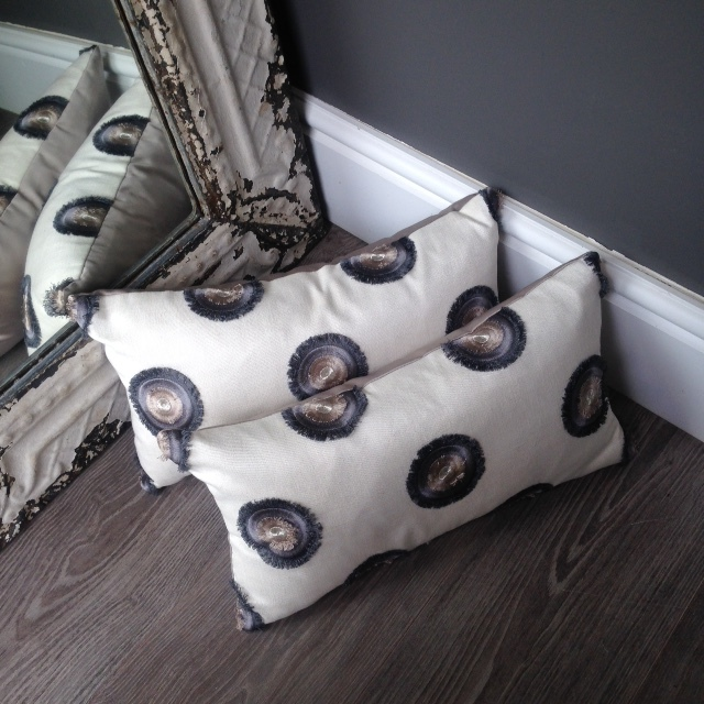 The London Cushion Company bespoke cushions in Battersea South West London Club Card 25.JPG