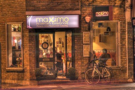 south-london-club-maximo-bistrot-southwark-pizza.jpg