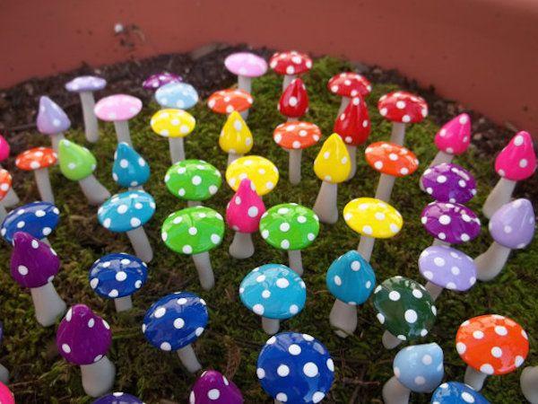 be18e60976cf195e03624e414db6ae37--miniature-fairy-gardens-mini-gardens.jpg