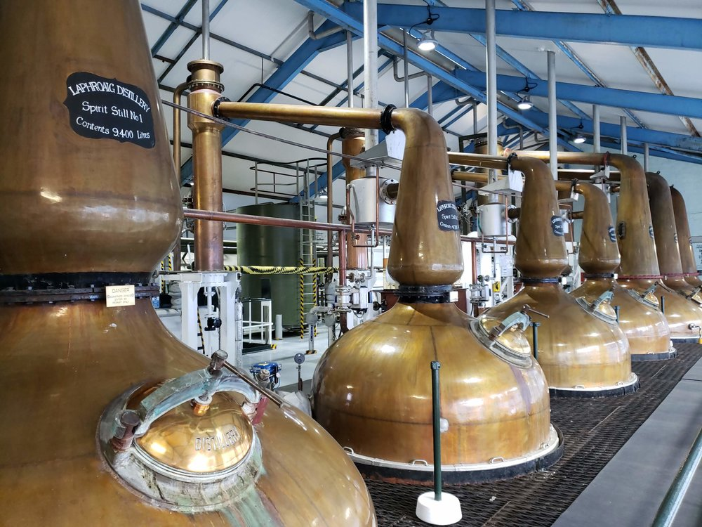 Note the upward-pointing lyne-arms on the wash and spirit stills.