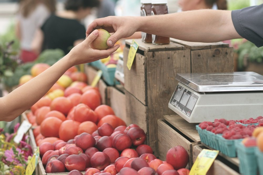When possible, shop at your local farmers market to get the freshest produce.