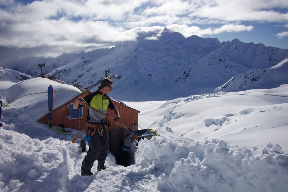 Digging quality steps is a super important safety procedure as the Hut sits on a 300m cliff.