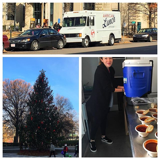 The @fivebirmingham crew is at Linn Park in Birmingham today serving some hearty soup. We serve free lunch every Monday, Wednesday, and Friday around this park in downtown Birmingham! #forthepeople #hotsoup #birmingham #bham