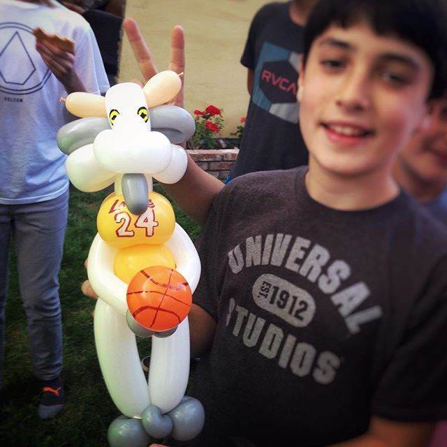 Request from a young Lakers fan this weekend! Greatest Of All Time #kobe #balloonart #kidsparty #kobegoat #lakersfans