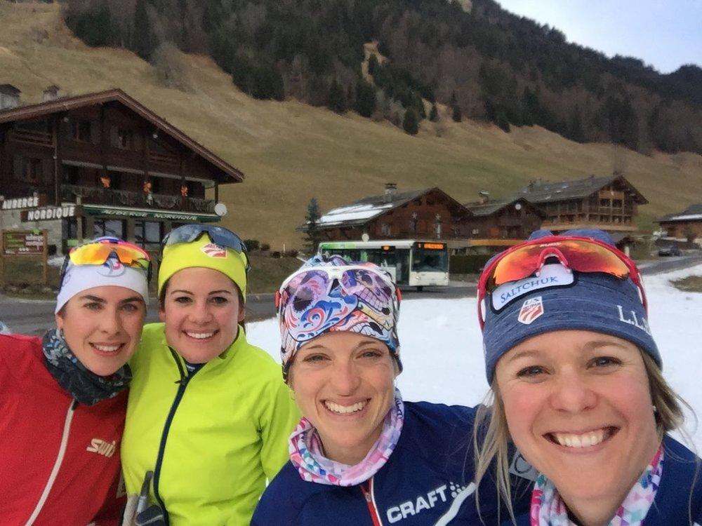 Enjoying some wonderful company for a ski! Pauline (girlfriend of JP), Marine, Liz and I.